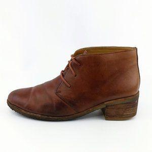 Clarks Originals Crepe Sole Ankle Booties 10M